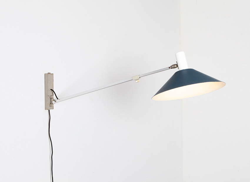 J. Hoogervorst Wall Lamp 7093 Anvia 1957