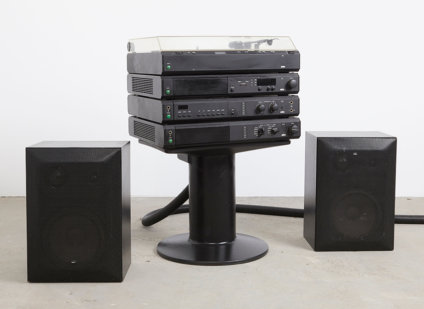 SOLD Dieter Rams Atelier 1 Stereo Set + Speakers Braun 1980