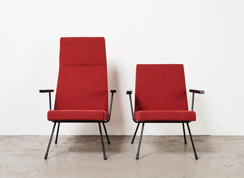 AndreCordemeijer PairOf LoungeChairs Spectrum 1