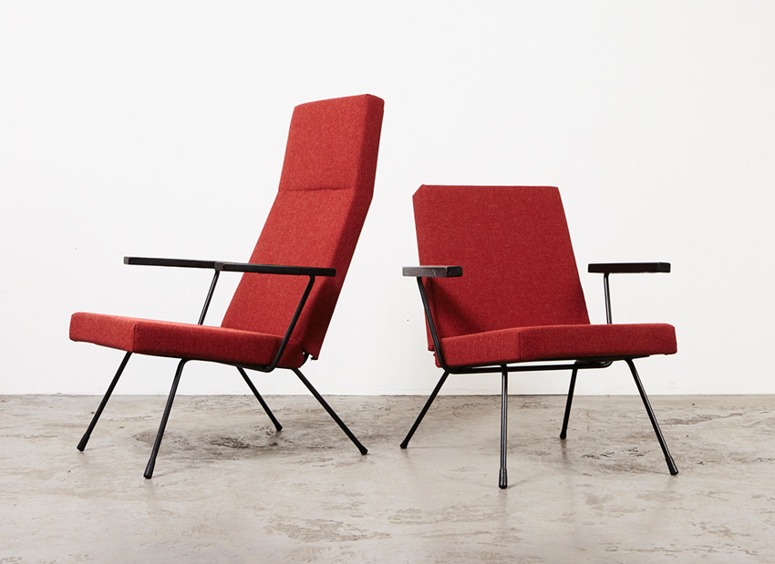 AndreCordemeijer PairOf LoungeChairs Spectrum 7