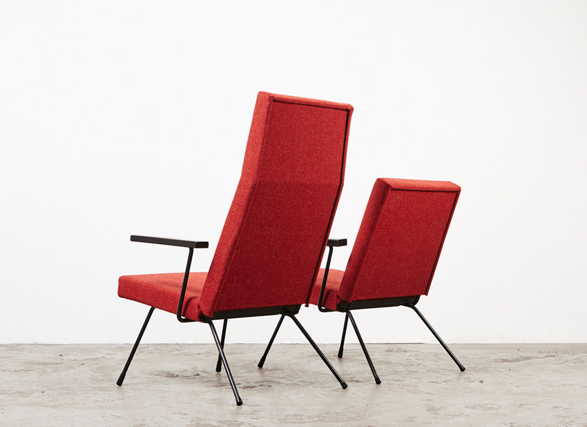AndreCordemeijer PairOf LoungeChairs Spectrum 8