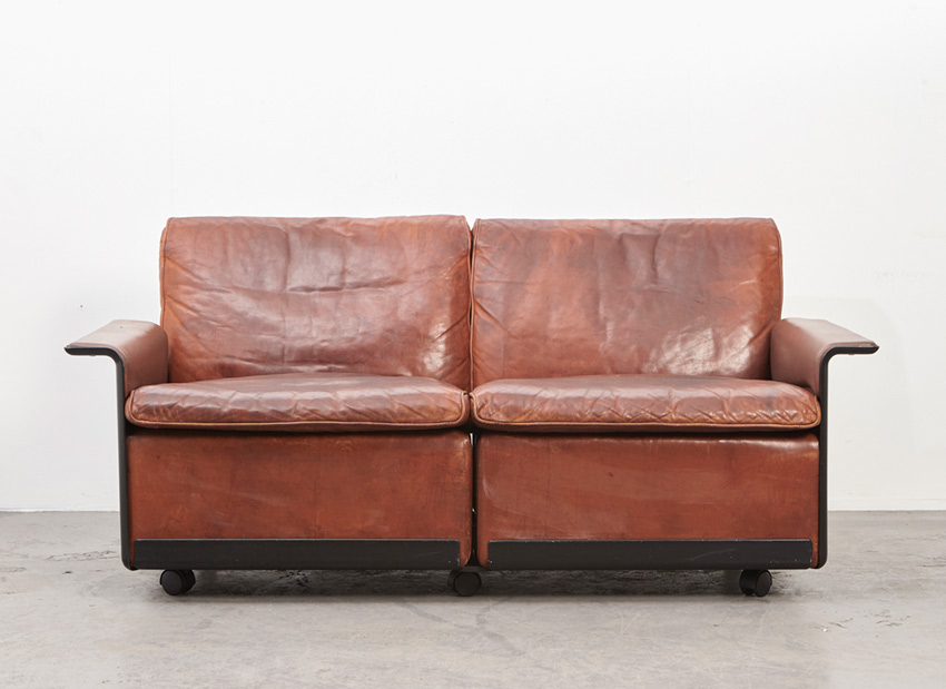 SOLD Dieter Rams 2-Seater Leather Sofa 620 Vitsoe 1962