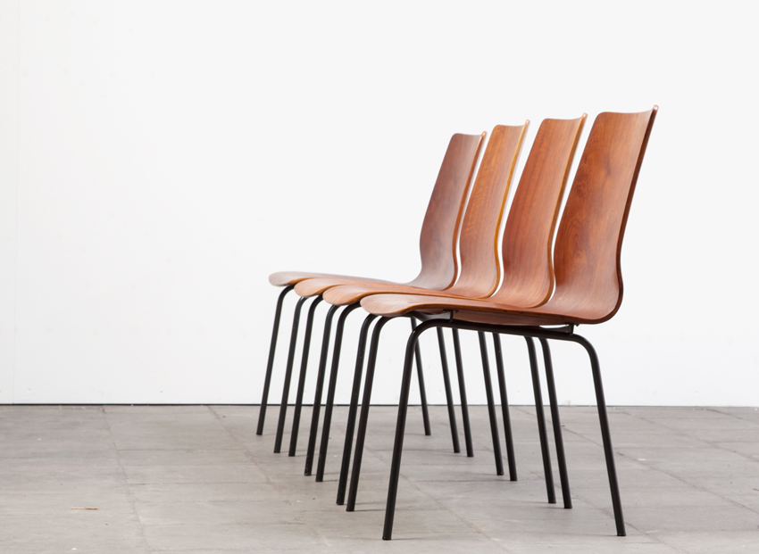 SOLD Friso Kramer Set of 4 Plywood Chairs Euroika Serie Auping1963