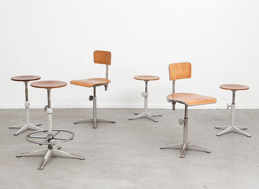 Friso Kramer Working Chairs Stools De Cirkel 60s 2