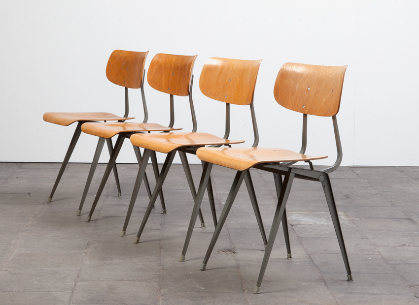 SOLD Lustor 4x Chairs Dutch 60s