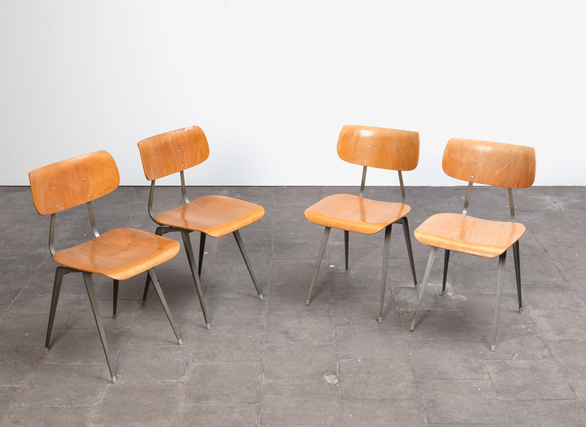 Lustor 4x IndustrialChairs Dutch60s 5
