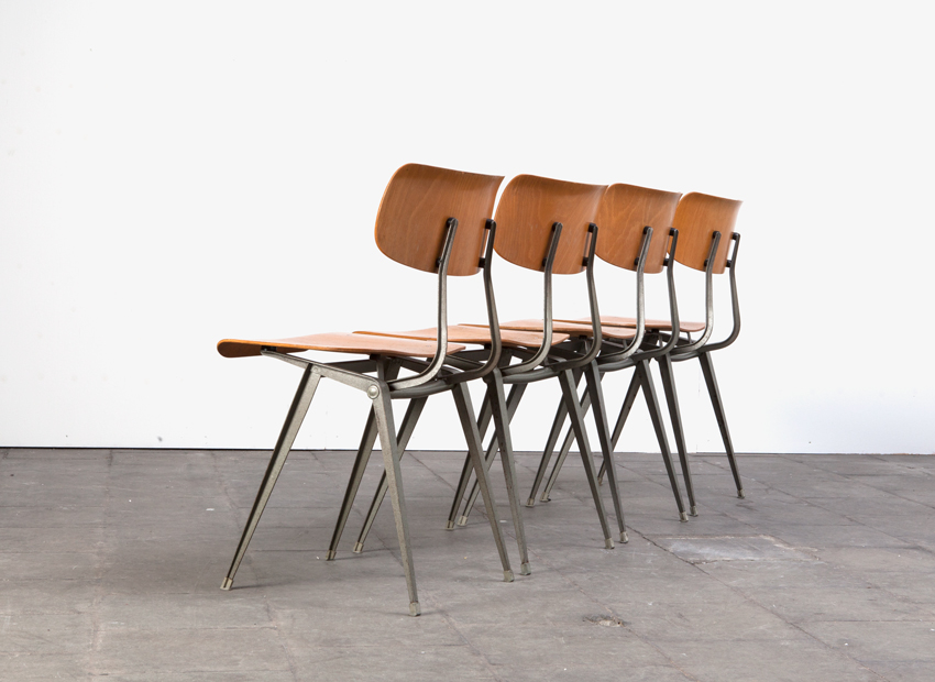 Lustor 4x IndustrialChairs Dutch60s 8