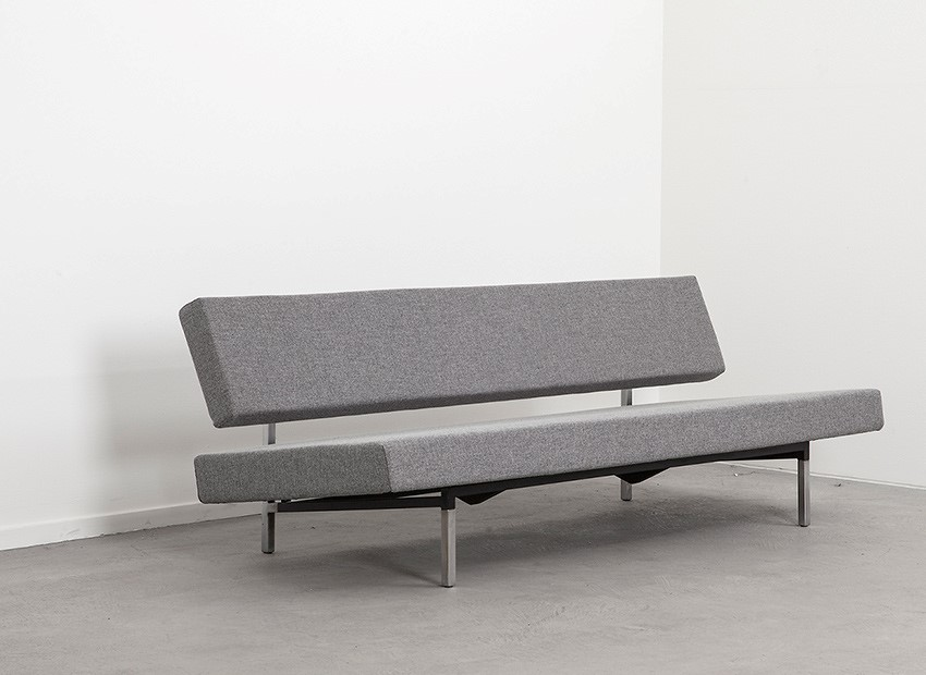 SOLD Martin Visser Sleeping Sofa 1st Edition Spectrum 50s
