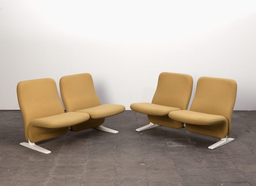 SOLD Pierre Paulin 2 x 2-seat Concorde sofa Artifort Dutch 1966