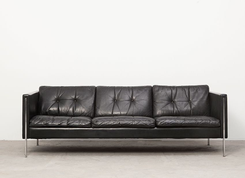 SOLD Pierre Paulin Leather Sofa 442/3 Artifort 1962
