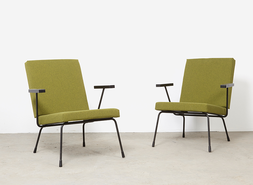 Wim Rietveld A Pair of 1407 Easy Chairs Gispen 1954