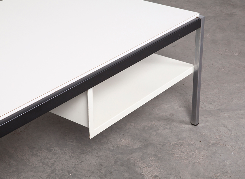 CoenDeVries CoffeeTable White Gispen 4