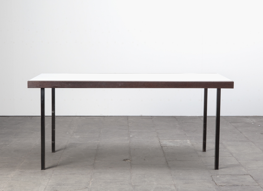 MartinVisser DiningTable Spectrum Dutch1958 1