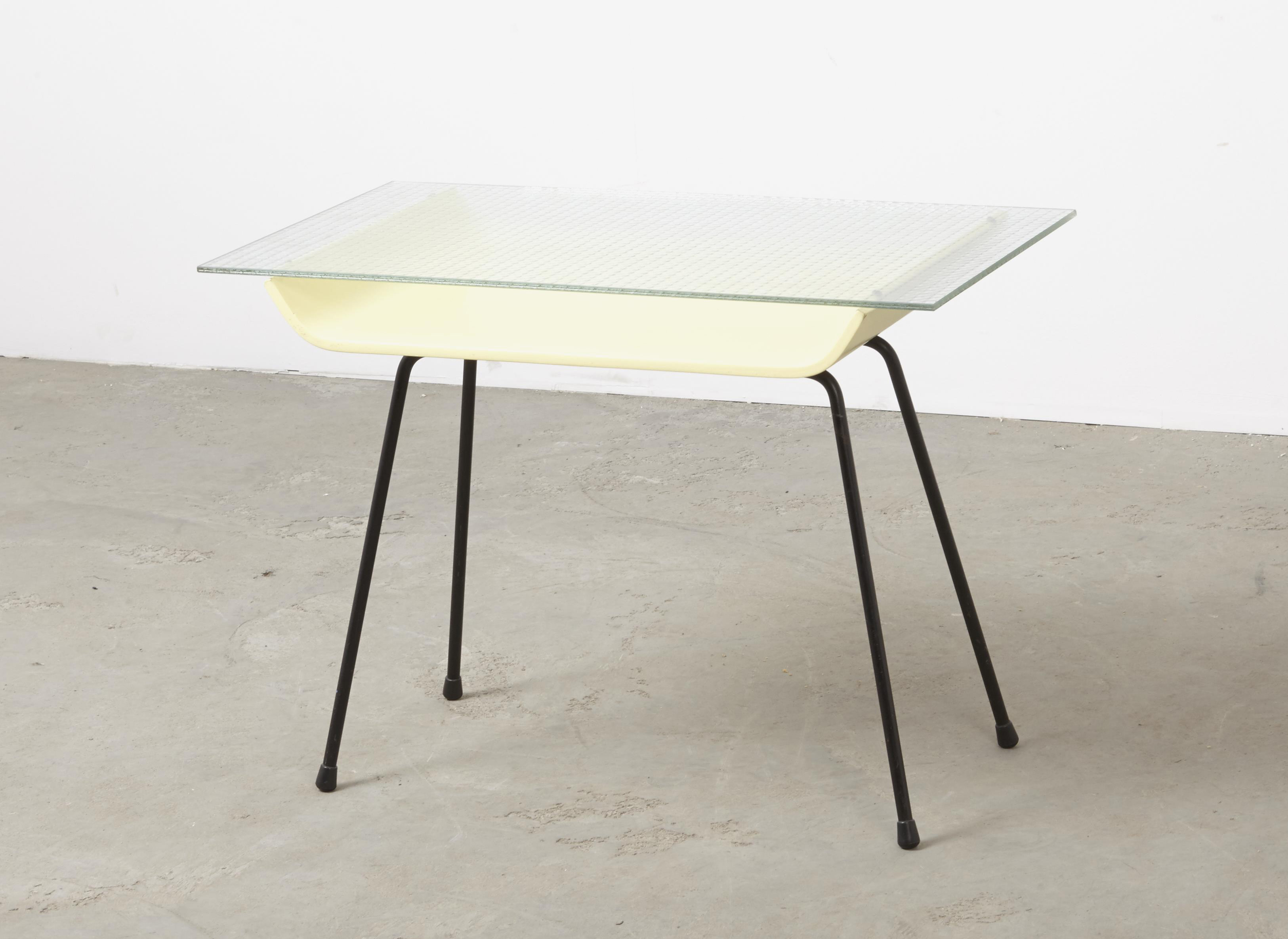 W.H. Gispen Side Table 507 Kembo 1957