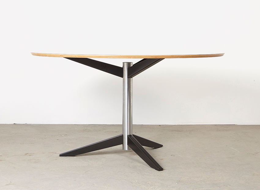 SOLD Martin Visser Dining Table TE06 't Spectrum 1961